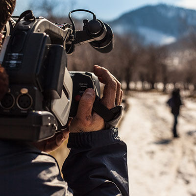 Videographers & Studios