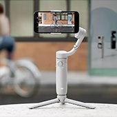 The new DJI OM5 smartphone gimbal lets you shoot like a pro