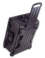 1610 Case Black w/Dividers w/Retractable Handle & Wheels