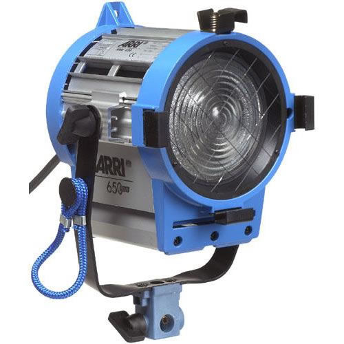 650W Fresnel, Pole Operated