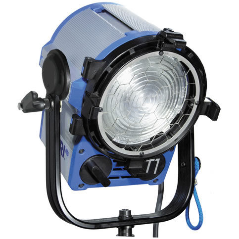 T1 1000W Fresnel, Pole Operated