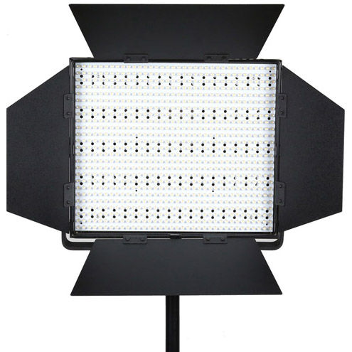 LG-900S LED Light 5600K with V Mount, Barndoors, Diffuser, DC Adapter, 3200K & Green Min