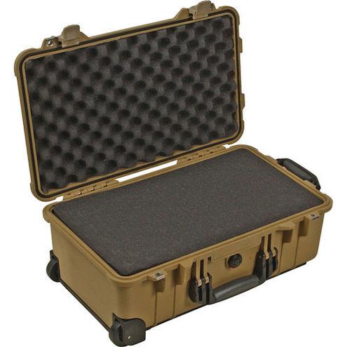 1510 Case Desert Tan w/foam w/Retractable Handle & Wheels
