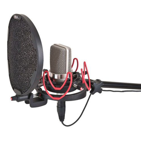 Invision Studio Kit-L with USM -L Studio Mount and Pop Filter