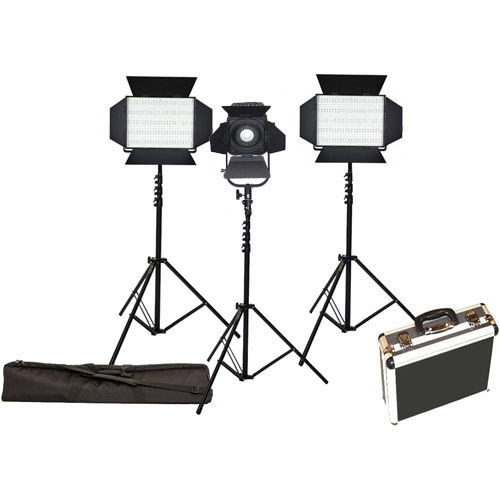 2x 900S Light Kit with D600 Fresnel, 3 x Stands Hard Case and Stand Bag