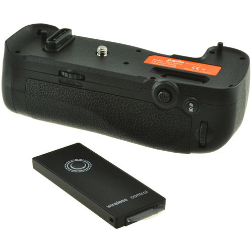 MB-D17 Batterygrip for Nikon D500 with Wireless Remote Control Included