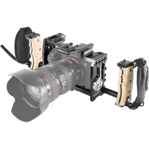 Sony A7R3 And A73 Handheld Cage