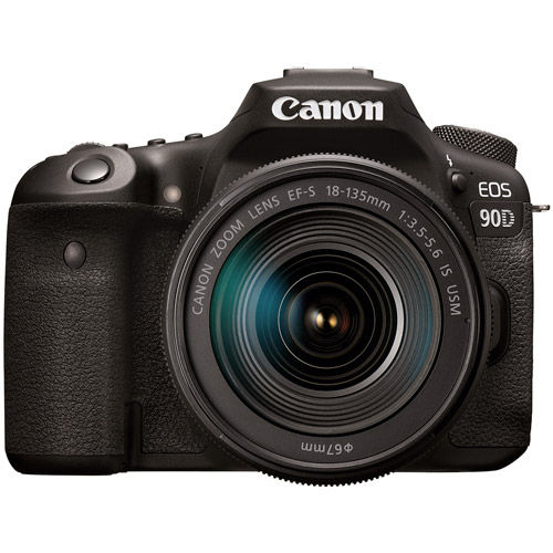 Canon EOS 90D With EF-S18-135mm
