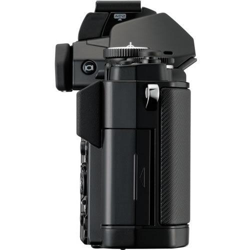 OM-D E-M5 Black Body w/ Grip