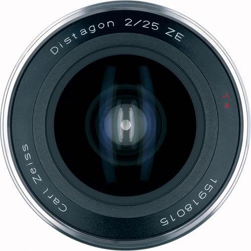 Distagon T* 25mm f/2.0 ZE