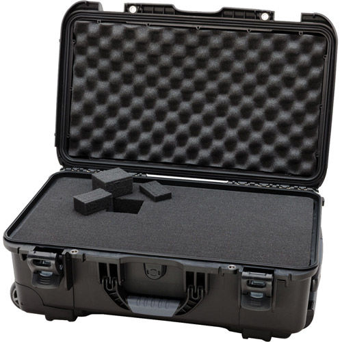 935 Case w/ Foam, Retractable Handle and Wheels - Black