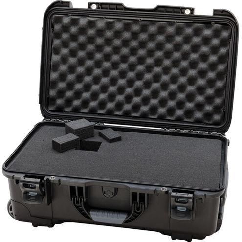 935 Case w/ Foam, Retractable Handle and Wheels - Black