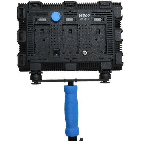 LG-B560 5600K LED Light with 3 x AA Battery Pack, Handle, Filter Set, Bag