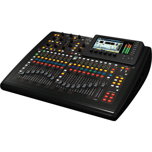 X32 COMPACT Compact 40-Input, 25-Bus Digital Console with 16 MIDAS Preamps