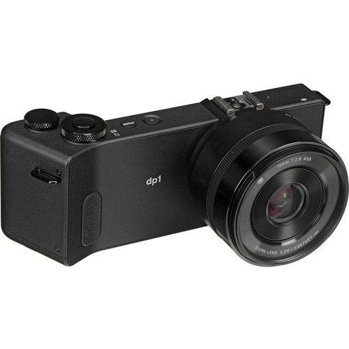 DP1 Quattro w/ 19mm f/2.8 Lens