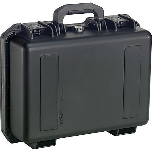iM2200 Storm Case with Foam (Black)