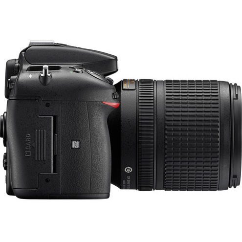 D7200 w/ AF-S 18-140mm VR