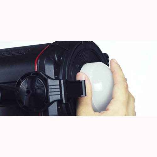 "Q500 DC LED 5"" Fresnel with Barndoors"