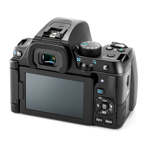 K-70 Black w/ DA 18-135mm f/3.5-5.6 ED AL IF DC WR Lens