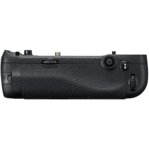 MB-D18 Grip for D850