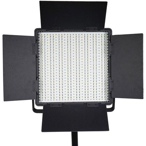 2 x LG-600SC LED Lights 5600K with 2x Mantis Light Stands, Stand Bag and Hard Case