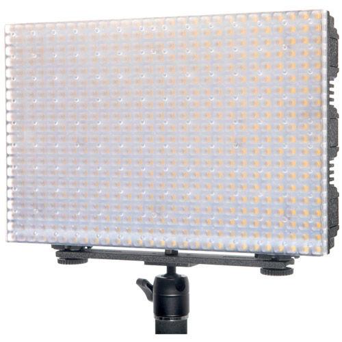 LG-B560CII LED Light Bi-Color with 2 x AA Battery Pack, Handle, Barndoor, Filter