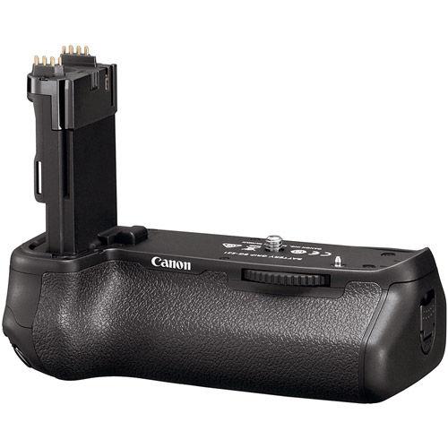EOS 6D Mark II w/24-105mm f/4 IS II USM Lens with BG-E21 Battery Grip