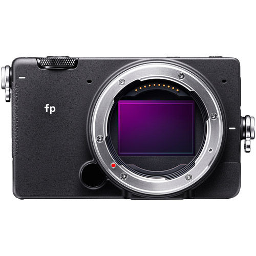fp Mirrorless Kit w/ Contemporary 45mm f/2.8 DG DN Lens