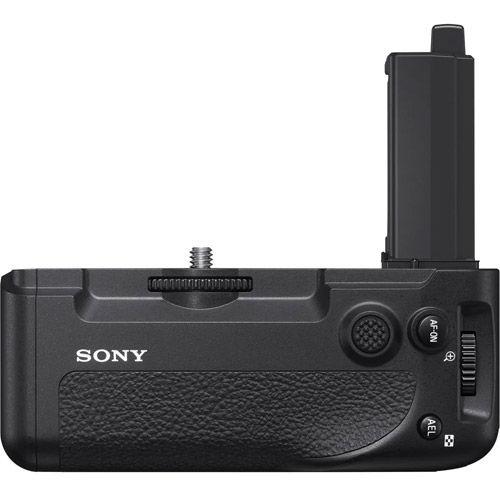 Alpha A7RIV Body w/ VGC4EM Grip, SEL FE 24-70mm f/2.8 GM Lens and NPFZ100 Battery