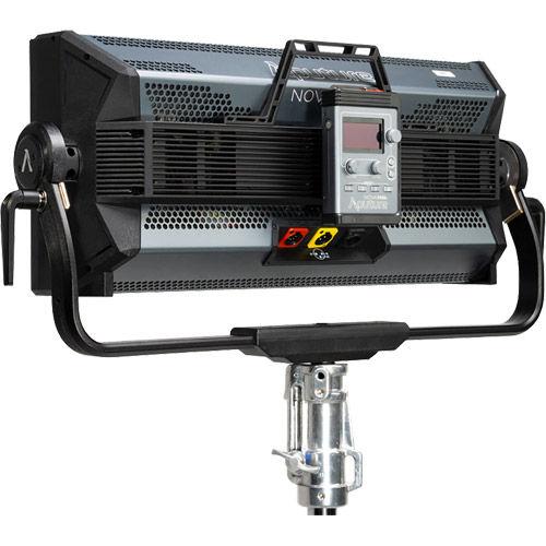 Nova P600c LED Light
